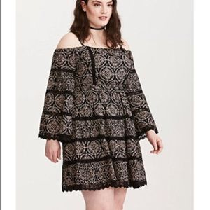 [Torrid] Cold Shoulder Dress Multicolor